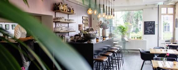 Cafe ve Bistrolar İçin Tablo Dekorasyonu