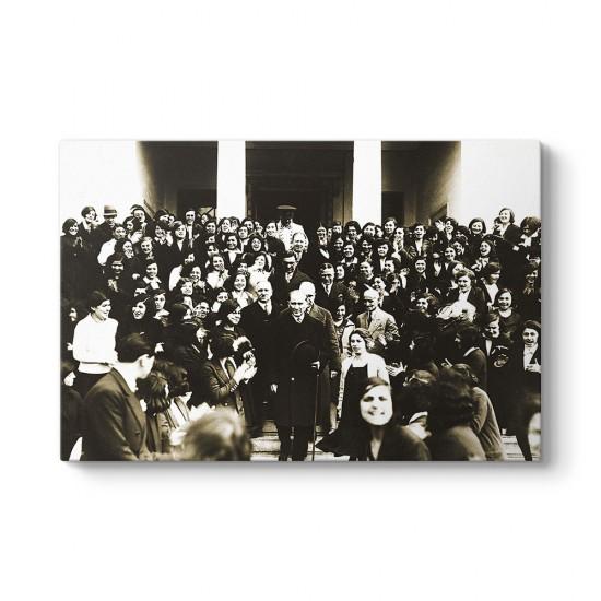 Atatürk İzmir Kız Lisesi'nden Ayrılırken Tablo