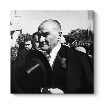 Şapkalı Atatürk Tablosu