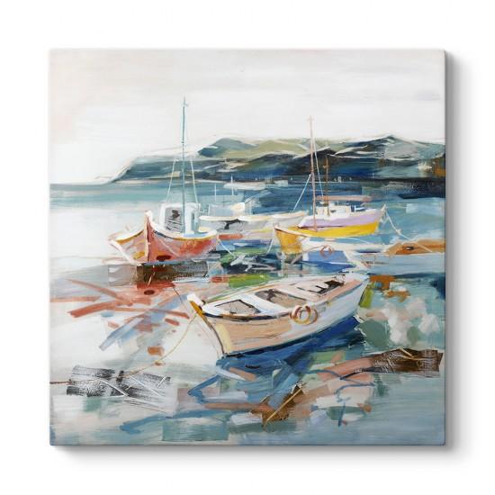 Kıyıda Balıkçı Tekneleri Tablosu