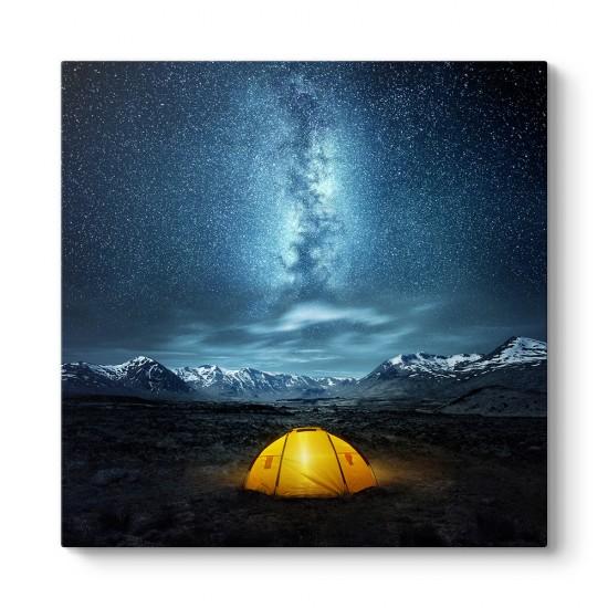 Yıldızların Altında Kamp Tablosu