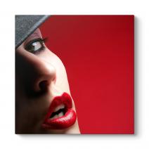 Lipped Women Tablosu