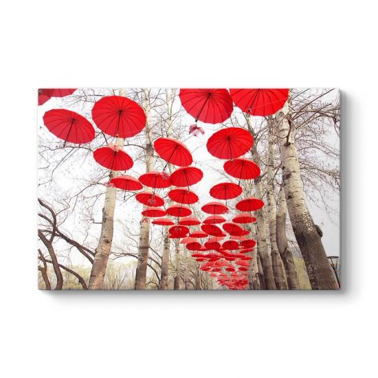 Kırmızı Şemsiyeler Tablosu