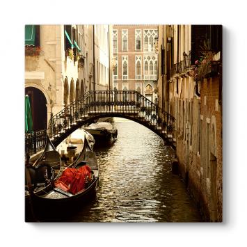 Venedik Köprü Tablosu