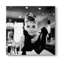 Audrey Hepburn - Cigarette Tablosu