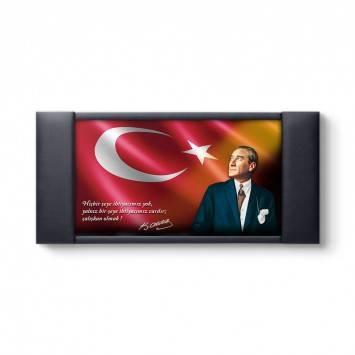 Türk Bayraklı Atatürk Makam Fonu