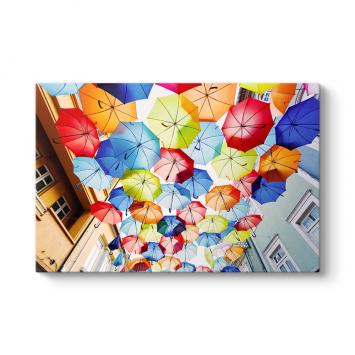 Renkli Şemsiyeler Tablosu