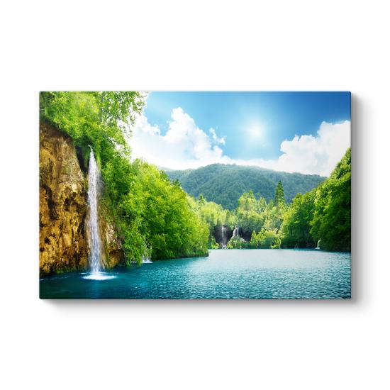 Cachoeira Şelalesi Tablosu